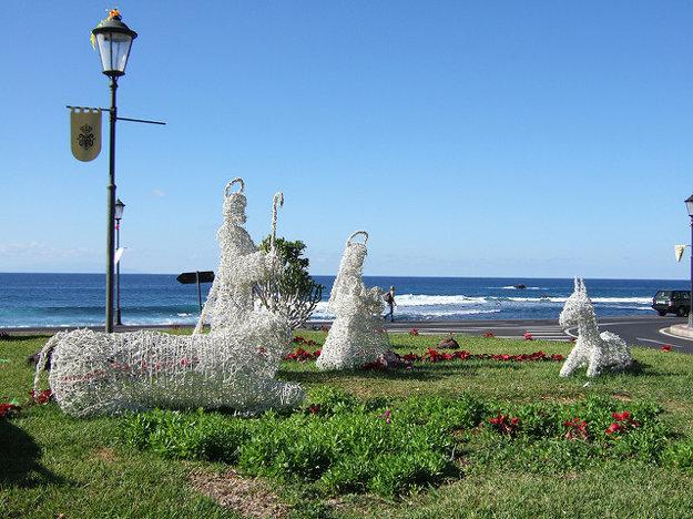 Na Kanárskych ostrovoch sú počas Vianoc typické Betlehémy a bohoslužby.