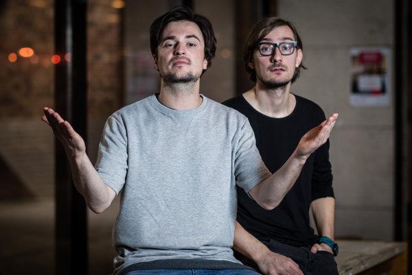 Juraj Podmanický a Jozef Vrábel z Billy Barman. Kapela pokrstí album Dýchajúce obrazy vo štvrtok v Bratislave.