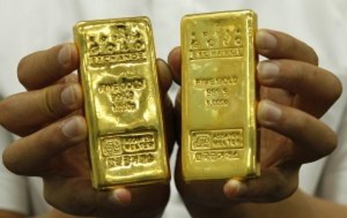 3f0130b6a Zlato má vysokú hustotu, takže zaberá malý objem. Jedna tehlička  predstavuje kilogram zlata.