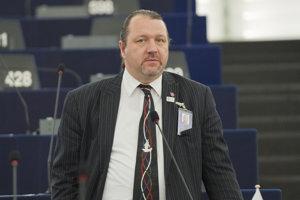 Europoslanec za OĽANO Branislav Škripek.