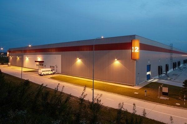 Logistický areál P3 Žilina otvorili v roku 2011 a medzi súčasných zákazníkov patrí DB Schenker, dopravná a logistická divízia spoločnosti Deutsche Bahn, a Albatros Logistics, špecialista na logistiku elektroniky a súčiastok pre automobilový priemysel.