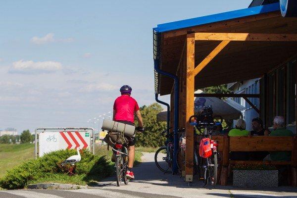 Prílev obyvateľov zo Slovenska do prihraničných obcí v Rakúsku prispieva k hospodárskemu rozvoju celého regiónu.