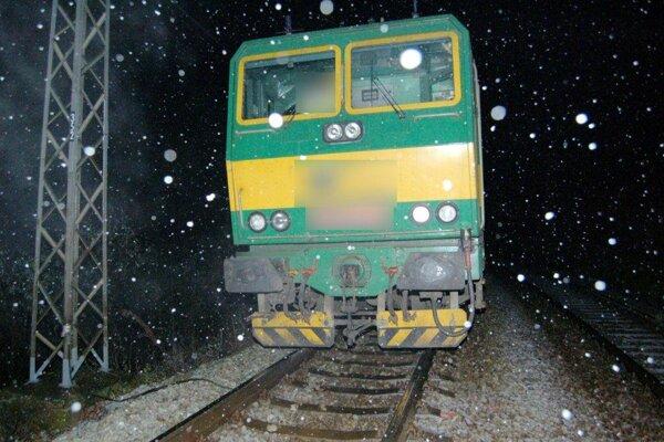 K zrážke došlo približne kilometer od železničného priecestia na Ulici A. Hlinku.