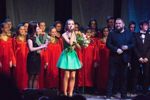 Záber z vlaňajšieho Vianočného koncertu Niky Karch a hostí.