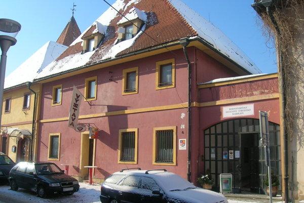 Hornošarišské osvetové stredisko v Bardejove.