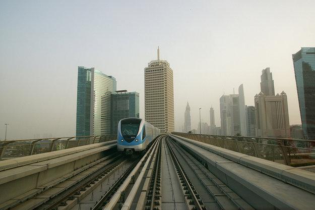 Najlepšia preprava po Dubaji je metrom.