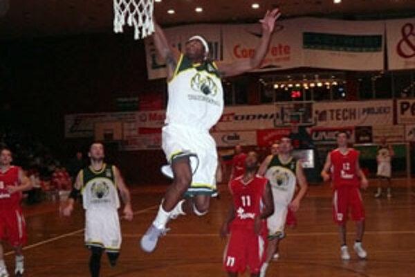 Fanúšikovia prievidzského basketbalu chcú svojmu klubu pomôcť a získať preň ďalšiu posilu.