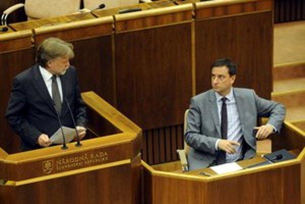 Dušanovi Jarjabkovi aj Danielovi Krajcerovi by sa pozdávali zmeny v dnešnom hospodárení cirkví.