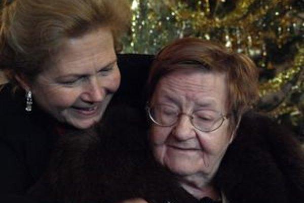 Vlani sa seniorkou roka stala Helena Kordová Wildová (vpravo).