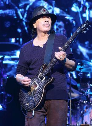 Mexický gitarista Carlos Santana (70)