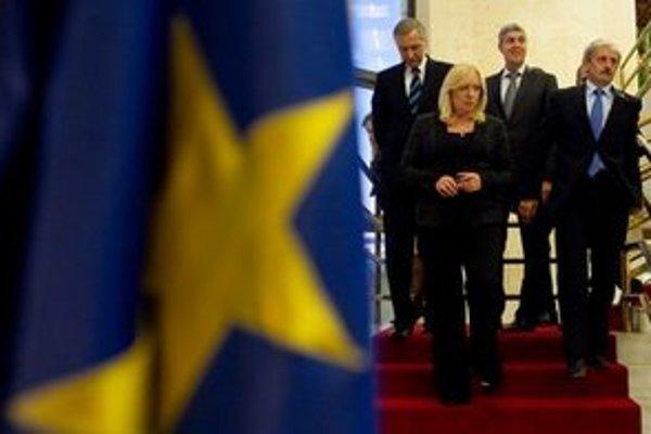 Na eurovale padla Radičovej vláda.