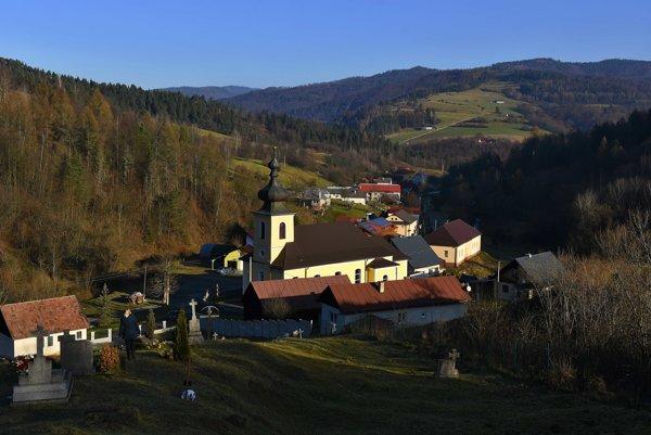 Pohľad na obec Sulín.