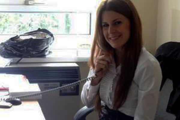 Miklošova asistentka Natália Urbanová.