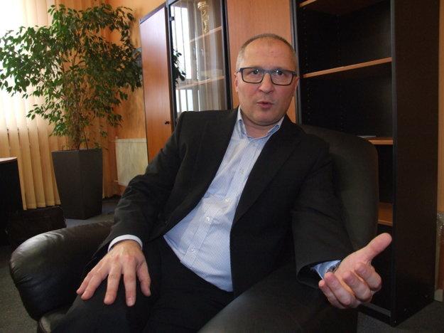 Vedením nemocnice je poverený Kamil Koleják.