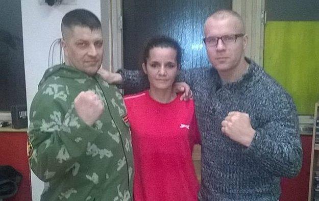 S trénermi boxu Hugom Hojtelom (vľavo) a Štefanom Bohinským.