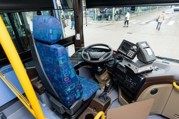 Páchatelia zatúžili zajazdiť si v autobuse...