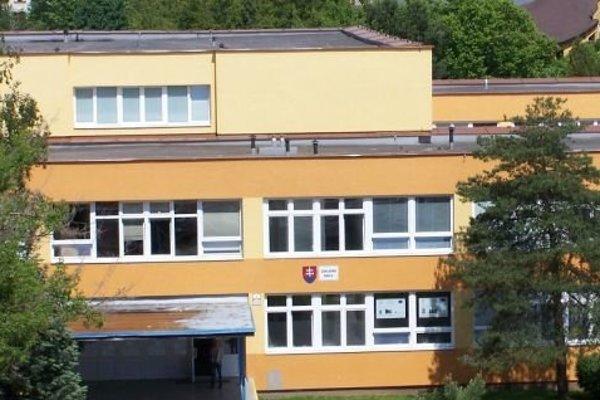 Základná škola na Kúpeľnej ulici v Prešove.