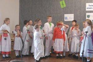 Detský folklórny súbor Turiec z Martina.
