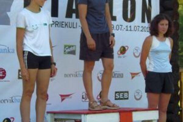 Vladimíra Točeková (vľavo) obsadila na európskom pohári v Lotyšsku druhé miesto.