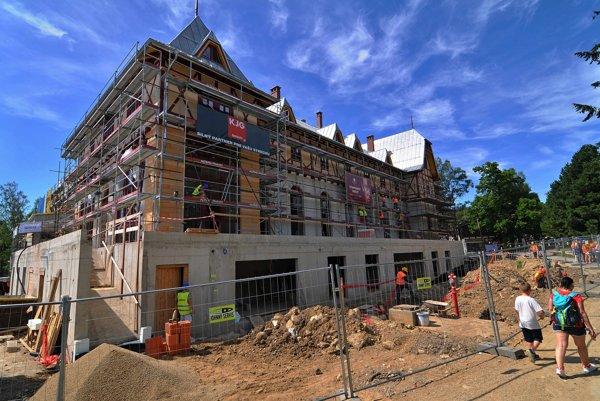 Hotel Lomnica počas rekonštrukcie.