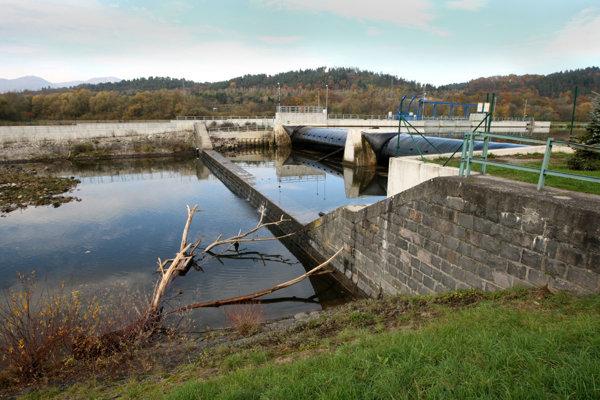 Vodné elektrárne na Hrone aktivisti nechcú.