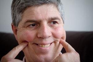 Bugár hovorí, že je po 22 rokoch v politike znechutený. Napriek tomu dokázal počas rozhovoru vtipkovať.