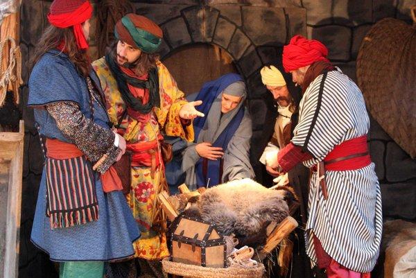 Spoločnosti veselých šermiarov Cassanova sa podarilo oživiť najkrajší biblický príbeh.