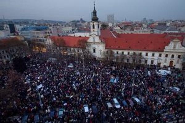 Protest Gorila II na Námestí SNP v Bratislave.