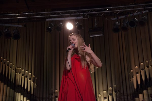 Svoj album Pustvopol Máliková predstavila aj na koncerte v Slovenskom rozhlase.