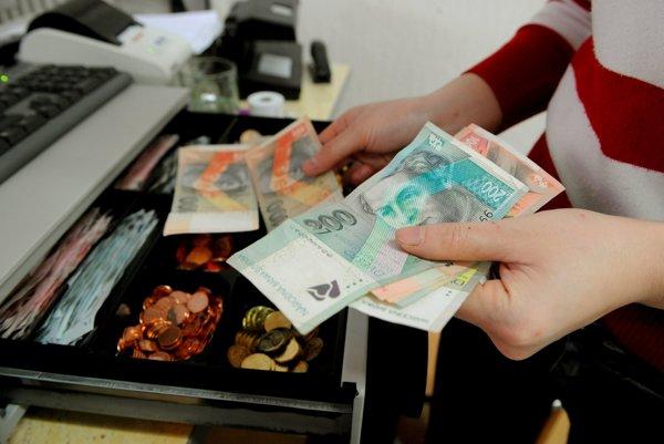 Slovenské bankovky sa vymieňajú v NBS bez časového obmedzenia.