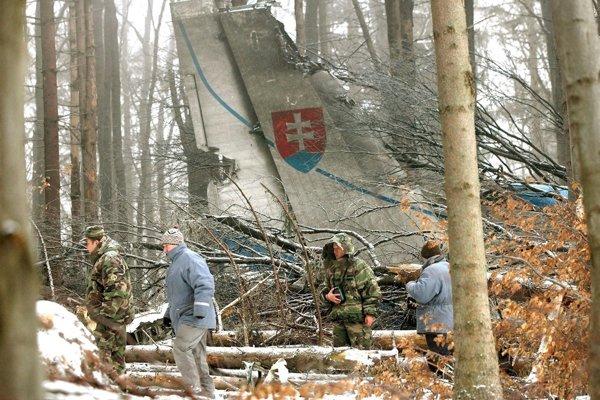 Lietadlo padlo do ťažko prístupného terénu na vrchu Borsó.