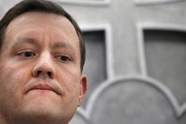 S Čechmi máme podľa ministra Lipšica historicko-kultúrne a rodinné väzby, a preto je prijateľné aj dvojaké občianstvo. Iné národy vynechal.