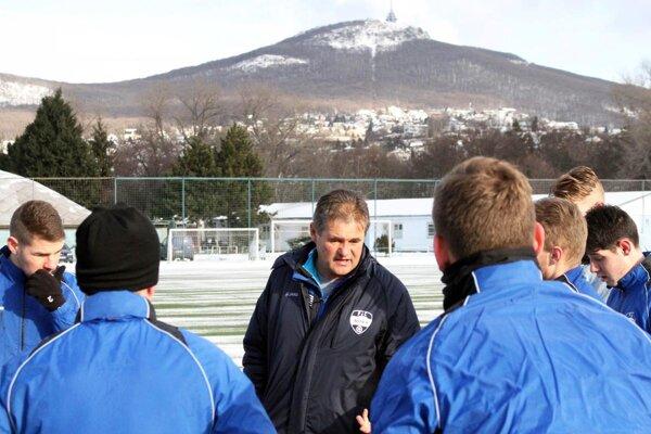 Dnes odštartovala zimná príprava futbalistov FC Nitra. Už pod vedením nového hlavného trénera Ivana Galáda.