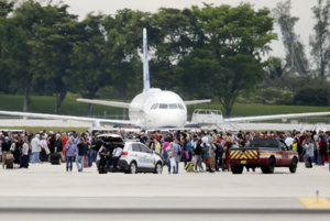 Streľba na medzinárodnom letisku v meste Fort Lauderdale na Floride si vyžiadala päť mŕtvych.