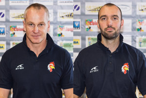 Zľava Richard Nemec (nový hlavný tréner) a Roman Kašša (prešiel do pozície asistenta).