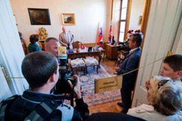Deň otvorených dverí v Prezidentskom paláci.