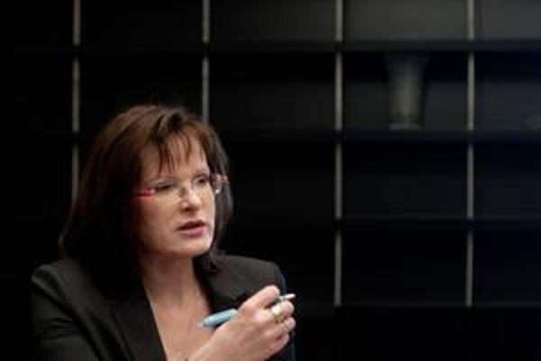 Belousovová rázne odmietla, že poškodzovala dobré meno SNS.