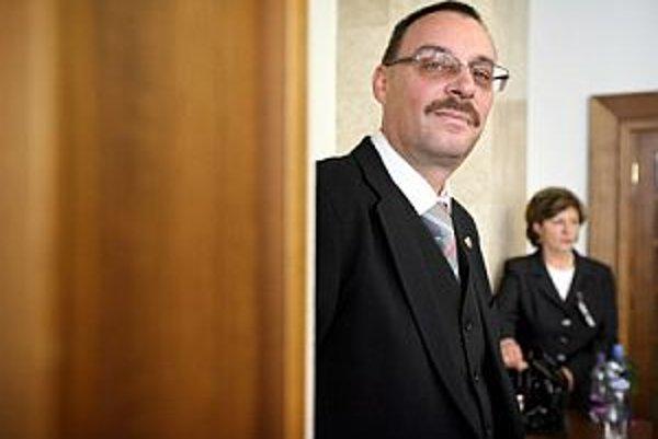Dobroslav Trnka sa udržal na Generálnej prokuratúre vo vplyvnej pozícii.