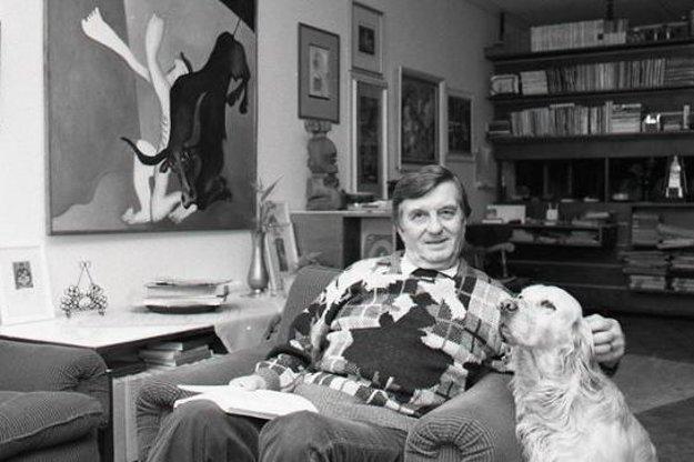 Národný umelec Július Pántik doma vo voľnom čase.