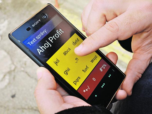 Stará dobrá klávesnica ožíva na modernom smartfóne