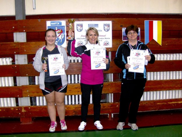 Medailistky majstrovstiev Turca, vstrede víťazka Martina Grznárová.