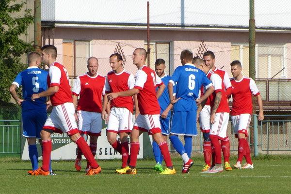 Zo zápasu Slovenského pohára Veľké Leváre - Gabčíkovo