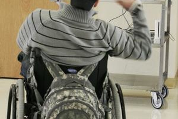 V politických programoch väčšiny sú len všeobecné sľuby, pokiaľ ide o invalidných občanov.