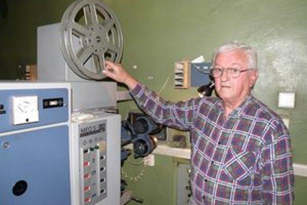 Viliam Tomášik v kine premieta už viac ako päťdesiat rokov.