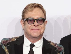 Elton John. Bude spoluautor nového muzikálu.