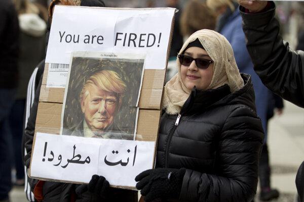Trumpov zákaz vstupu do USA v prípade siedmich krajín sa dotkne státisícov ľudí.
