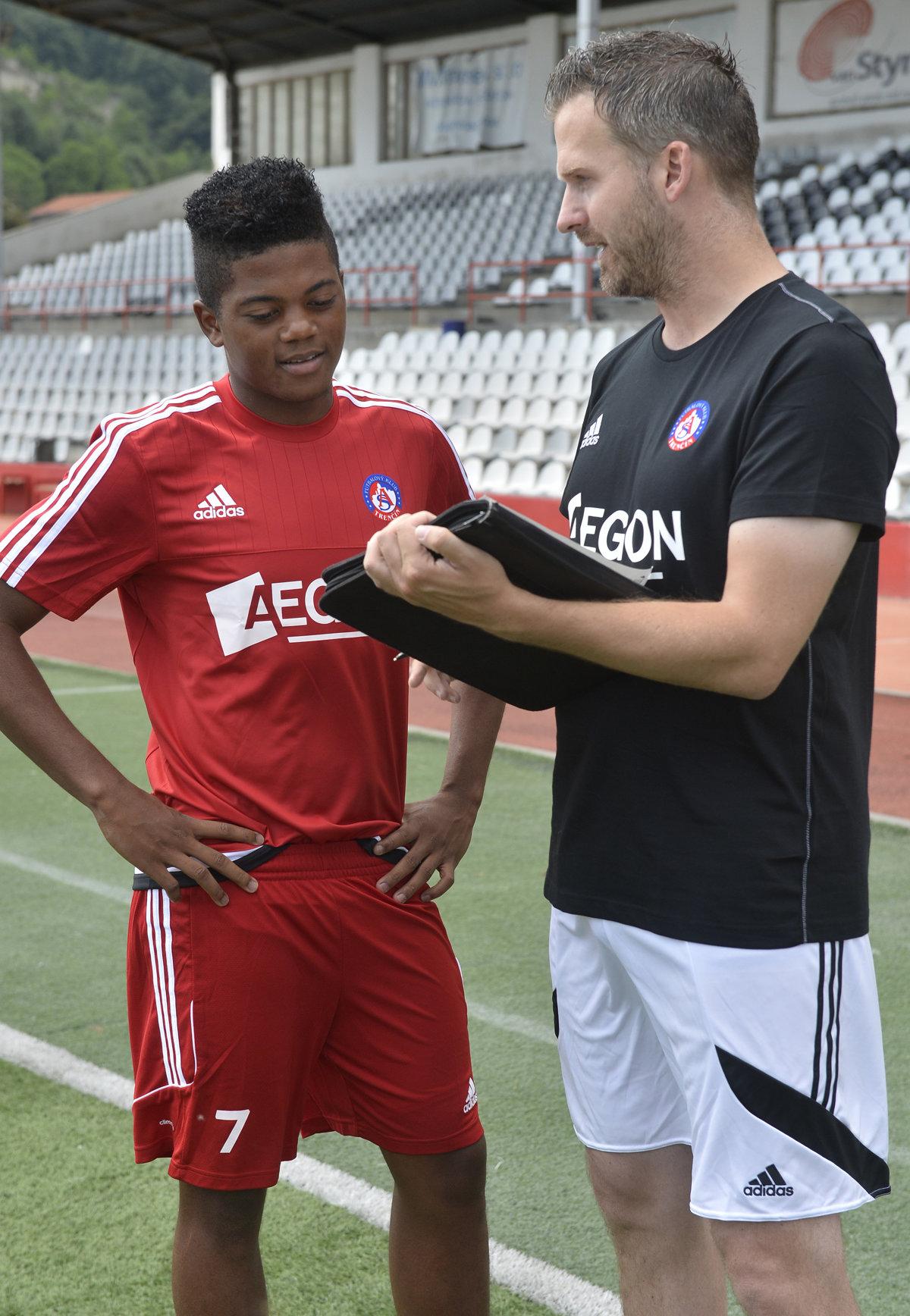 Bývalý hráč Trenčína Leon Bailey ide do Leverkusenu - sport.sme.sk