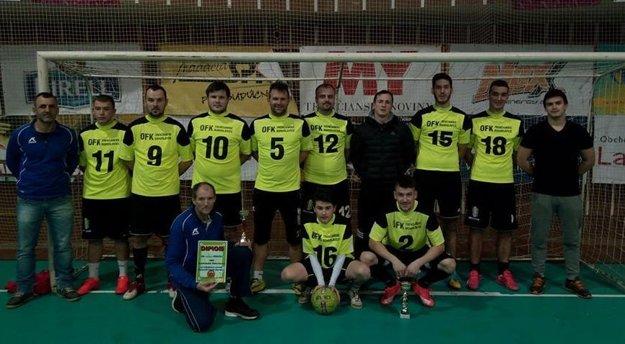 Cenu za tretiu priečku si odniesli hráči Trenčianskych Bohuslavíc.