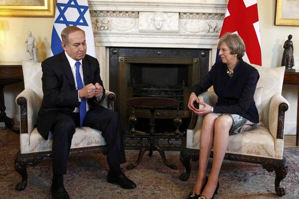 Izraelský premiér Benjamin Netanjahu a britská premiérka Theresa Mayová.