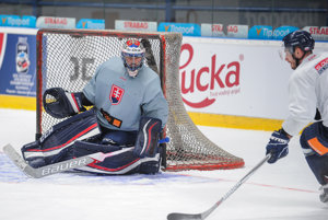 Július Hudáček dostane šancu v prvom zápase Slovenska na Slovakia Cupe.